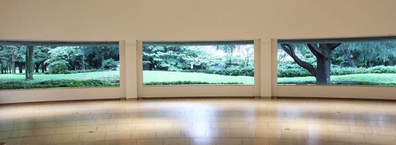 「作品のない展示室」ブース1